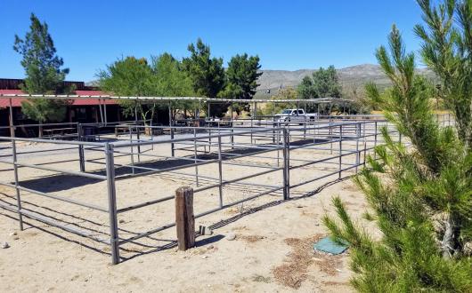 Stagecoach Inn Horse Corral